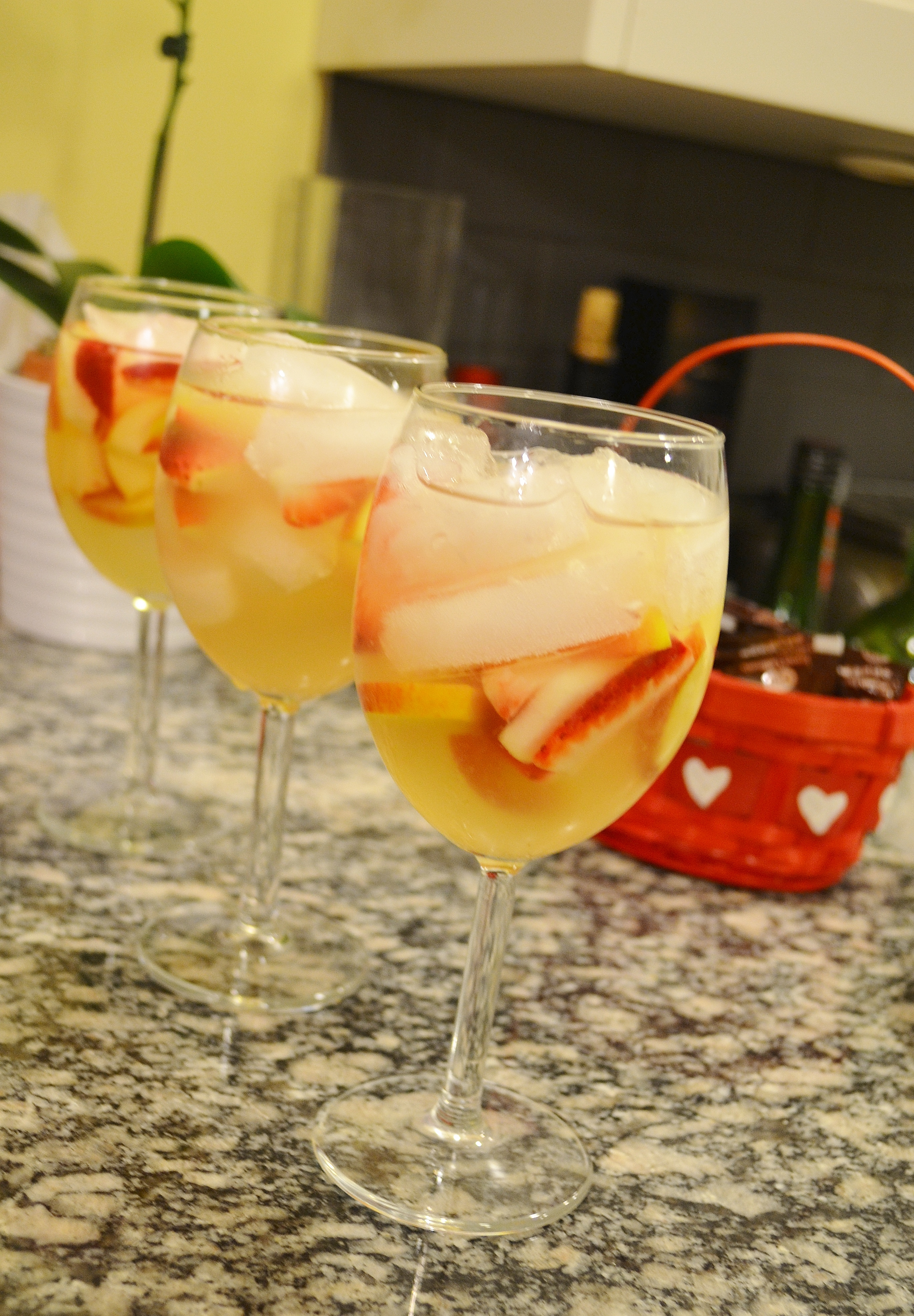 spring sangria | Pampermousse